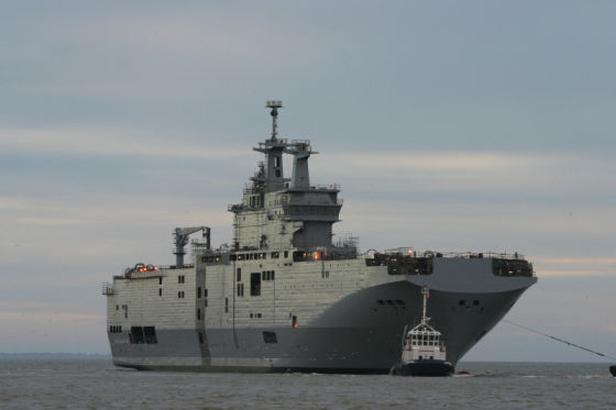 """Десантный вертолетный корабль-док """"Владивосток"""""""