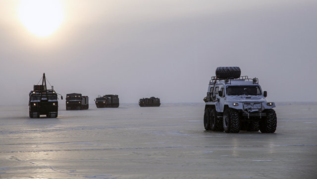 Военная техника в Арктике. Архивное фото.