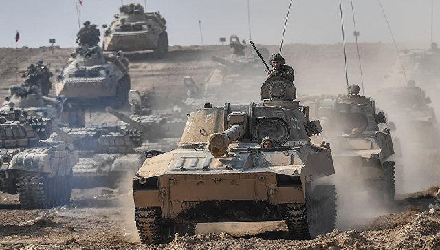 Военная техника во время антитеррористических учений. Архивное фото.