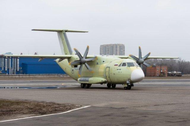 Военно-транспортный самолёт Ил-112В