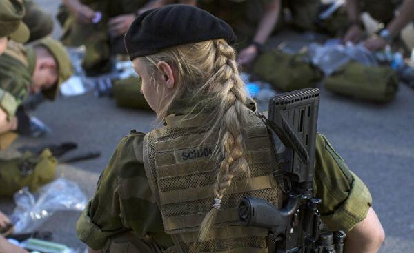 Военнослужащая ВС Норвегии.