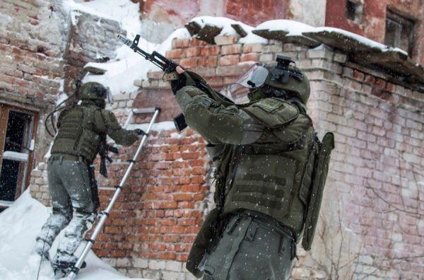 Военнослужащие инженерных войск ВС России