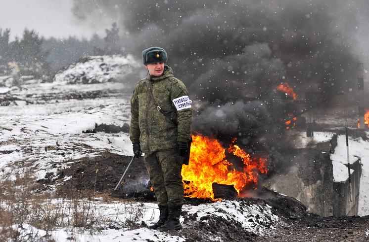 Военнослужащий ВС РФ.
