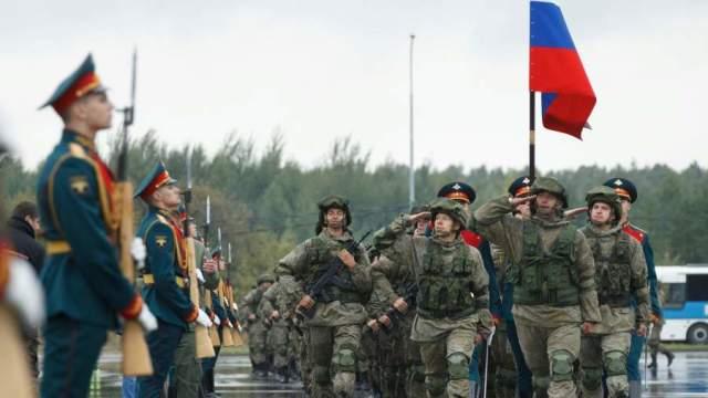 Военнослужащие армии РФ на открытии стратегических учений «Запад-2021» на полигоне Обуз-Лесновский в Белоруссии