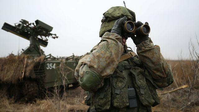 UAVs in Russian Armed Forces: News #2 - Page 8 Voennosluzhashie-vo-vremya-taktiko-specialnyh-uchenii-podrazdeleniya-protivovozdush-vyb1yxo7-1604294041.t