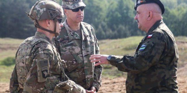 Военнослужащие ВС США и Польши