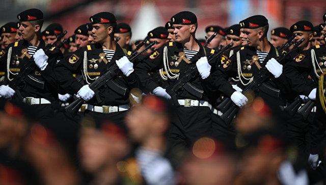 Военнослужащие на генеральной репетиции военного парада в Москве, посвящённого 72-й годовщине Победы в Великой Отечественной войне 1941-1945 годов. Архивное фото.