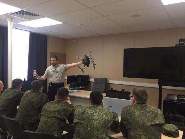 """Военнослужащие научных рот в военном технополисе """"Эра"""""""