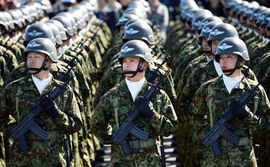 Военнослужащие сил самообороны Японии.
