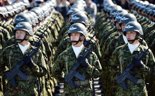 Военнослужащие сил самообороны Японии