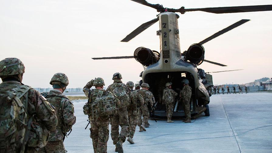 Военнослужащие США на военной базе в афганской провинции Нангархар, 2014 год.
