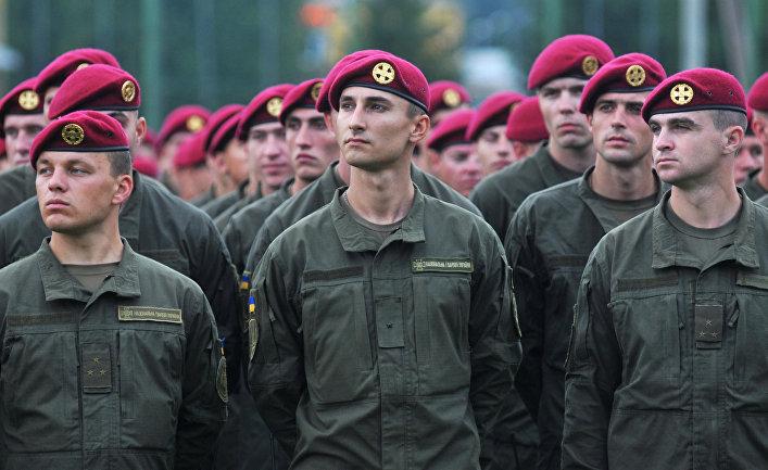 Военнослужащие ВС Украины во время Международных военных учений Rapid trident-2016 во Львовской области.