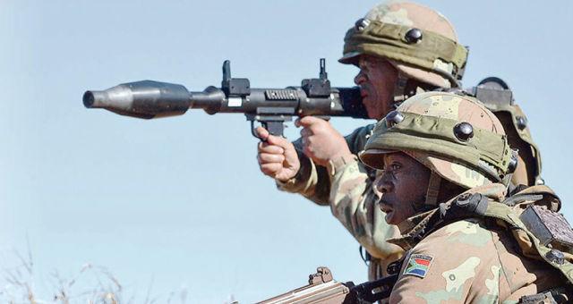 Военнослужащие ВС ЮАР