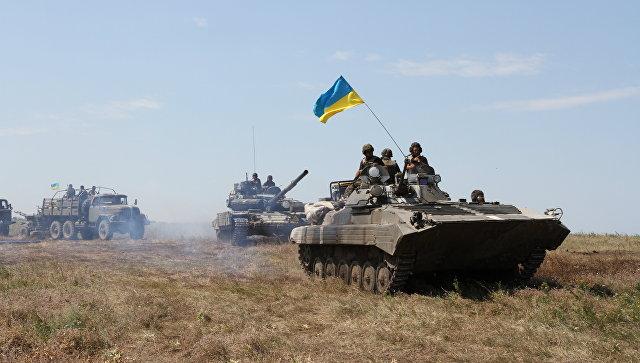 Военнослужащие ВСУ на востоке Украины. Архивное фото.