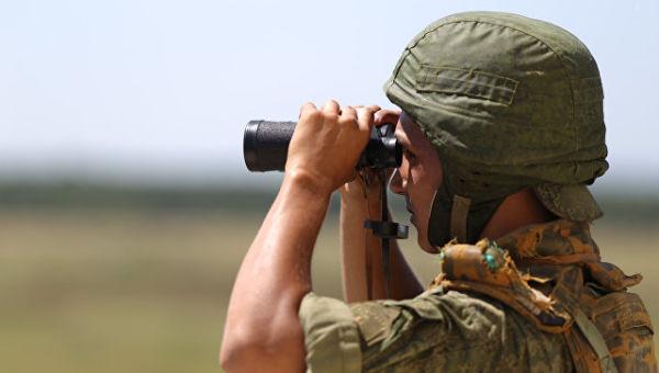 Военнослужащий во время конкурса по полевой выучке среди подразделений специального назначения Зеленая тропа. Архивное фото