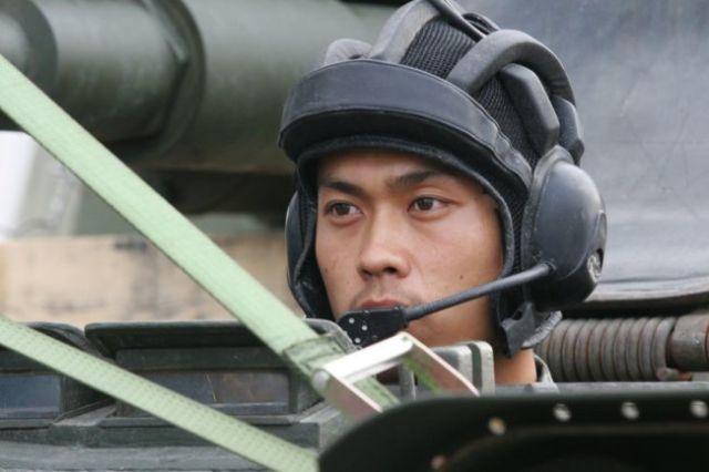 Военнослужащий-танкист НОАК