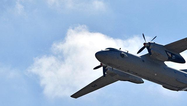 Военно-транспортный самолет Ан-26.