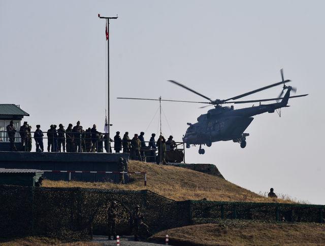 """Военные атташе стран НАТО приглашены наблюдать за учениями """"Восток-2018"""""""
