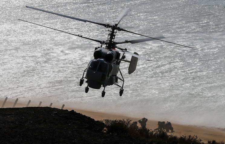 Палубный вертолет Ка-27.