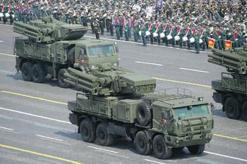 Возможности ЗРПК «Панцирь-СМ» существенно расширились благодаря применению новых ракет. Фото с сайта www.mil.ru