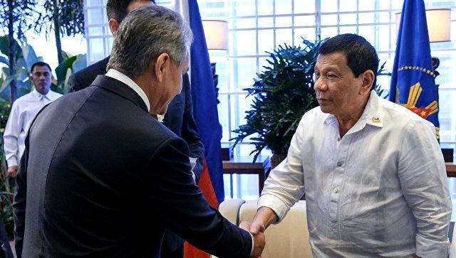 Встреча министра обороны РФ Сергея Шойгу с президентом Филиппин Родриго Дутерте.