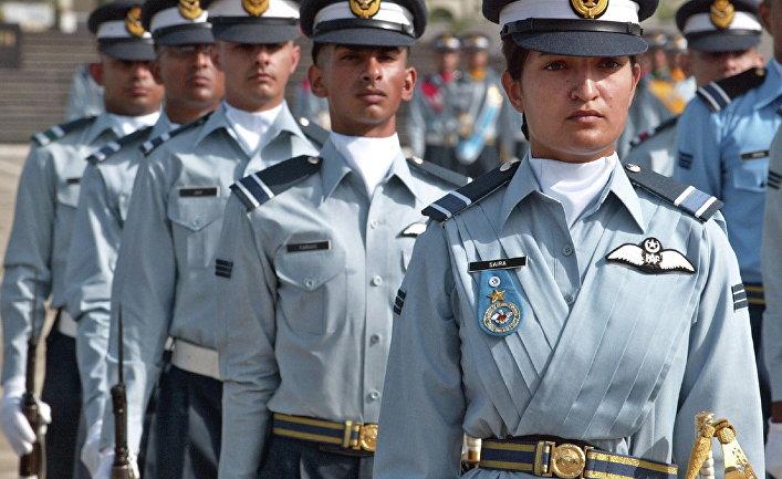 Выпускники летной академии в Рисалпуре, Пакистан.
