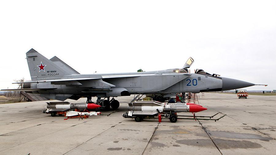 Высотный перехватчик Миг-31.