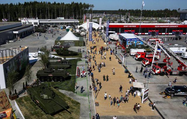 """Выставка Международного военно-технического форума """"Армия"""""""