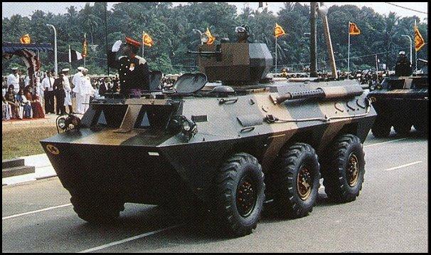 БТР WMZ551 6 x 6 ВС Шри-Ланки.