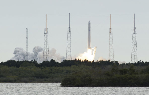 WP: в NASA и Конгрессе США обеспокоены безопасностью метода заправки ракет SpaceX