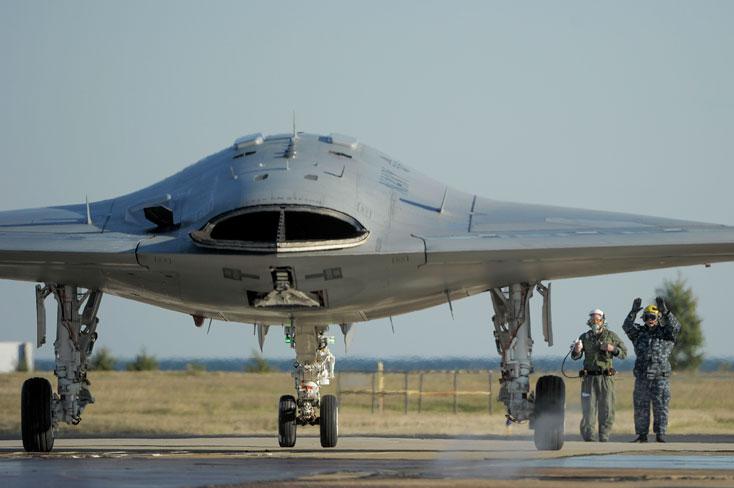БПЛА X-47B.