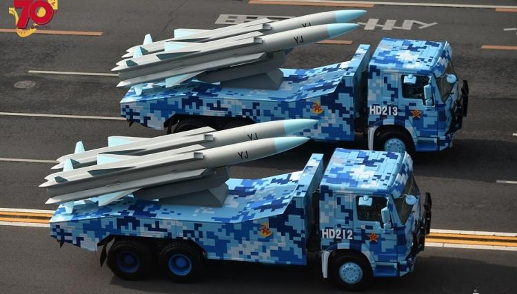 YJ-12 – это китайская сверхзвуковая противокорабельная крылатая ракета следующего поколения. Впервые была показана во время проведения Парада Победы в 2015 году.