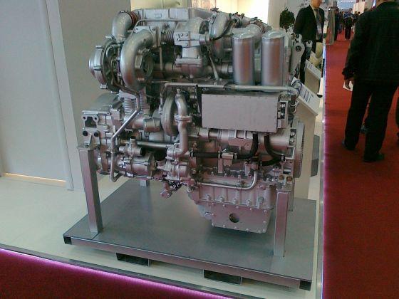 Дизельный двигатель ЯМЗ-780