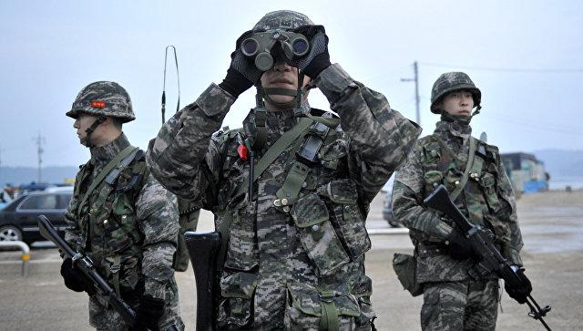 Южнокорейские военные. Архивное фото.