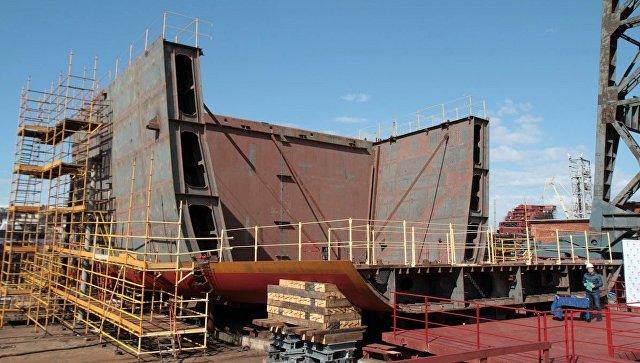 Закладка патрульного корабля арктического класса проекта 23550 Иван Папанин на Адмиралтейских верфях.