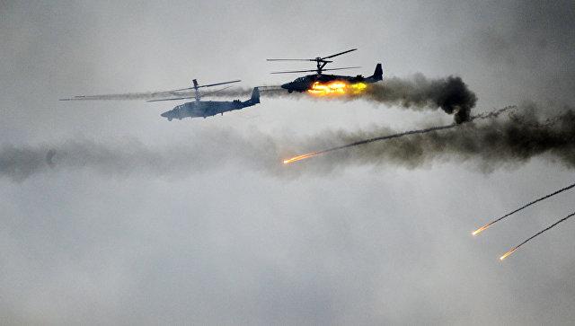 Вертолеты Ка-52 во время совместных стратегических учений вооруженных сил Республики Белоруссия и Российской Федерации Запад-2017.