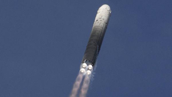 """Запуск баллистической ракеты РС-18 """"Стилет"""""""