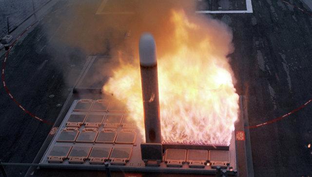 Запуск ракеты Томагавк из установки Mark 41.