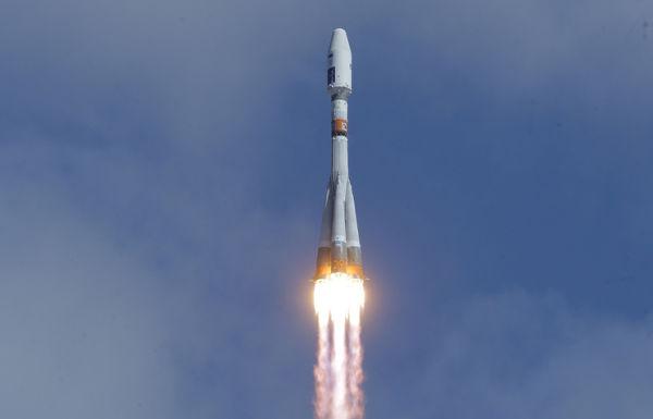"""Запуск ракеты-носителя """"Союз-2.1а"""""""