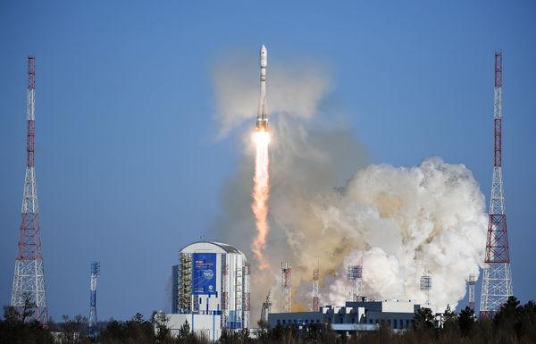 """Запуск ракеты-носителя """"Союз-2.1а"""" на космодроме Восточный"""