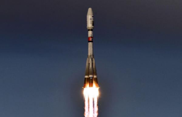 """Запуск ракеты-носителя """"Союз-2.1б"""" с разгонным блоком """"Фрегат"""""""