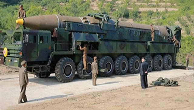 Запуск северокорейской баллистической ракеты Хвасон-14.