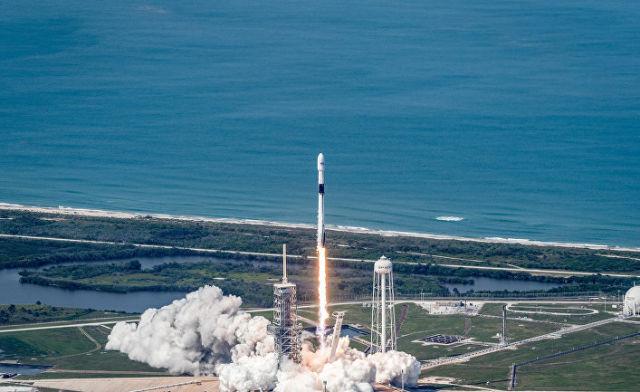 """Запуск спутника """"Бангабанду-1"""", ракета-носитель """"Фэлкон 9"""""""
