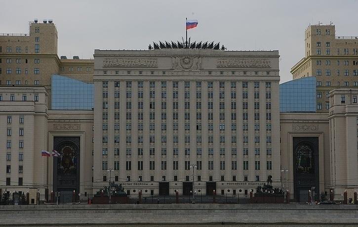 Предложение Минфина сократить армию ухудшит материальное положение военных и их социальный статус - Минобороны РФ
