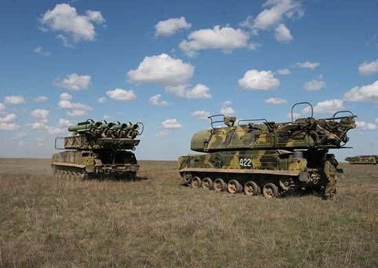 """Зенитный ракетный комплекс """"Бук-М2"""""""