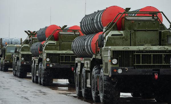 """Зенитно-ракетные комплексы """"Триумф"""" С-400"""