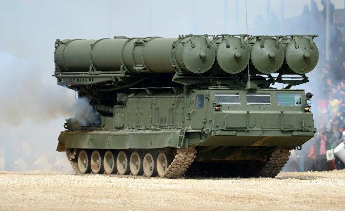 Зенитно-ракетных комплексов (ЗРК) С-300.