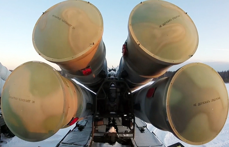 Зенитно-ракетный комплекс С-300ПС.