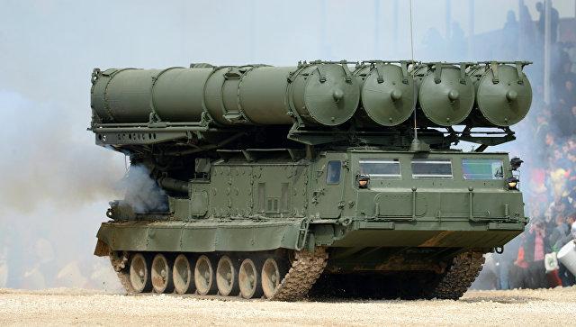 Зенитно-ракетный комплекс (ЗРК) С-300. Архивное фото.