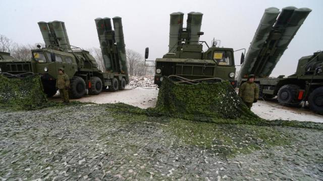 Зенитные ракетные комплексы С-400 «Триумф» на боевых позициях по охране воздушного пространства Приморья